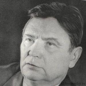 Максим Танк