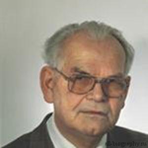 Питер Блюм